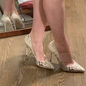 Steve Madden snake pumps skin heels 37 worn once!